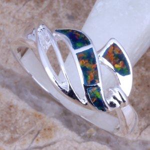 טבעת כסף בשיבוץ אבני אופל אדום כחול