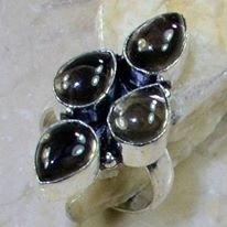 טבעת כסף בשיבוץ 4 אבני סמוקי קוורץ מידה: 7.5