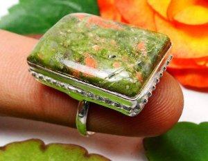 טבעת כסף משובצת אבן יוניקיט מידה: 7