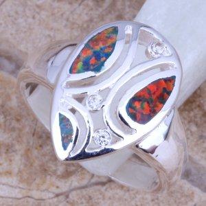 טבעת כסף משובצת אבני אופל אדום