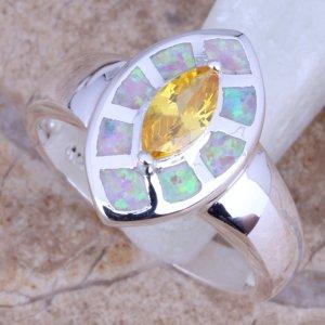 טבעת כסף משובצת אבני אופל חלבי וסיטרין