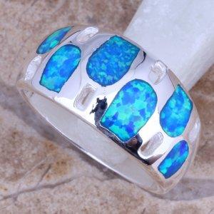 טבעת כסף משובצת אופל כחול