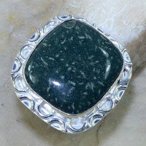 טבעת כסף משובצת אבן ג'ספר ירוק מידה: 8