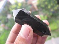 מוט אובסידיאן שחור דו חודי משקל : 25 גרם