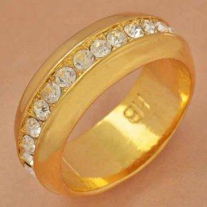 טבעת נישואין גולדפילד משובצת קריסטלים