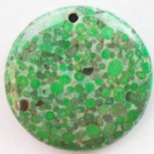 תליון מאבן ג'ספר ירוק מנוקד עיצוב עגול