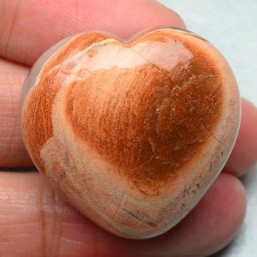 לב מאבן ג'ספר צבעי אדמה