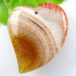 תליון מאבן אגט קשקשים גווני כתום עיצוב לב
