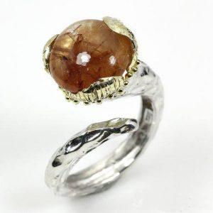 טבעת עבודת יד בשיבוץ רוטילייד קוורץ כסף וציפוי זהב
