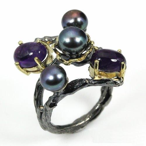 טבעת עבודת יד בשיבוץ פנינים שחורות ואמטיסט כסף ציפוי זהב ורודיום שחור