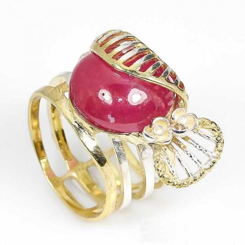 טבעת עבודת יד בשיבוץ רובי כסף בציפוי זהב