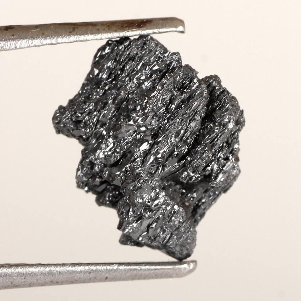 יהלום שחור גלם 3.28 קרט
