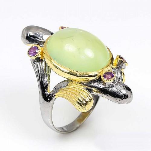טבעת עבודת יד בשיבוץ אבני פרינהייט ואמטיסט כסף ציפוי זהב ורודיום שחור