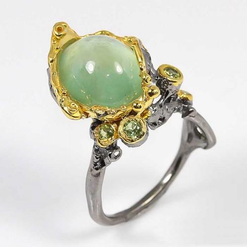 טבעת עבודת יד בשיבוץ אבני פרינהייט ופרידות כסף ציפוי זהב ורודיום שחור
