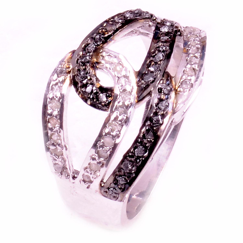 טבעת כסף בשיבוץ יהלומי גלם הטבעת: 1.00 קרט מידה: .7.5