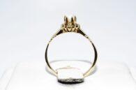 טבעת זהב 14 קרט בשיבוץ פנינה לבנה 2.90 קרט משקל טבעת: 1.93 גרם