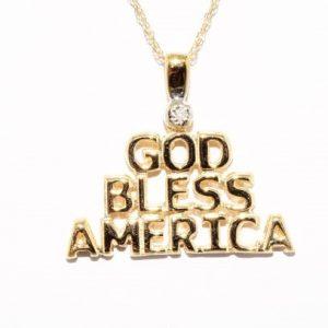 """תליון ושרשרת זהב 10 קרט בשיבוץ יהלום לבן אורך שרשרת 46 ס""""מ משקל: 2.44 גרם"""