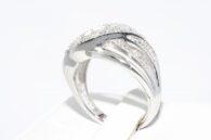 טבעת כסף 925 בשיבוץ 3 יהלומים מלוטשים מידה: 7