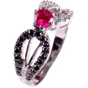 טבעת כסף 925 בשיבוץ יהלומי גלם שחורים ולבנים 0.80 קרט וזירקון אדום מידה: 7.5
