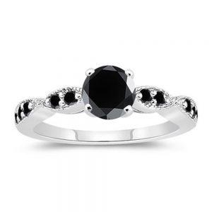 טבעת כסף 925 בשיבוץ מואסנייט שחור AAA 1.27 קרט מידה: 7