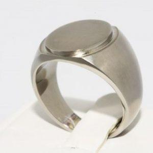 טבעת טיטניום לגבר מידה: 10.25