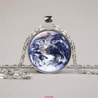 תליון ושרשרת מוכסף סמל כדור הארץ... חיים...