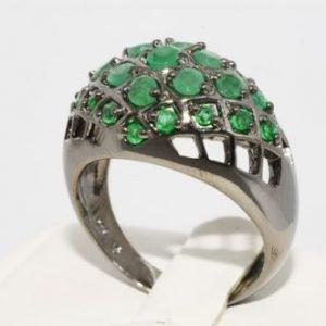 טבעת יוקרה כסף 925 בשיבוץ אמרלד קולומביה 4 קרט מידה: 10.25