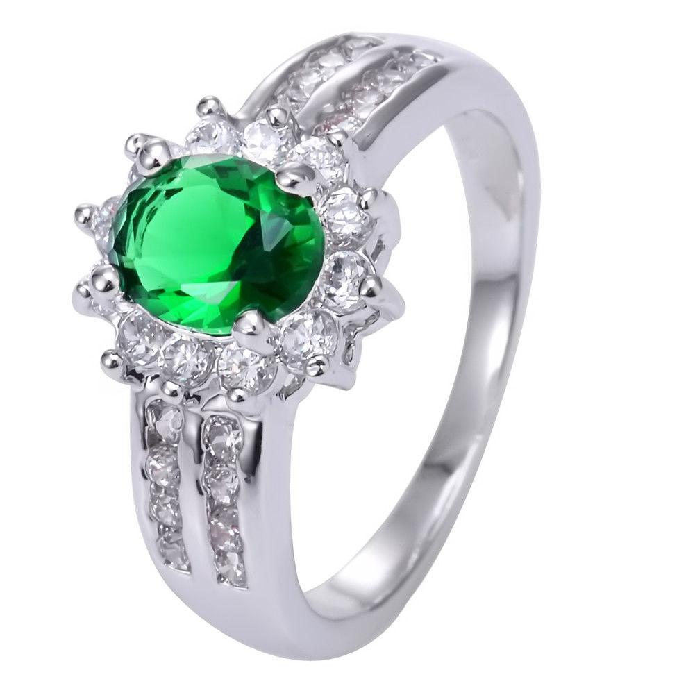 טבעת כסף 925 בשיבוץ אמרלד וזירקונים מידה: 8