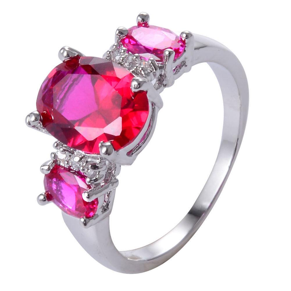 טבעת כסף בשיבוץ רובי מידה 6 הטבעת: 3.9 גרם