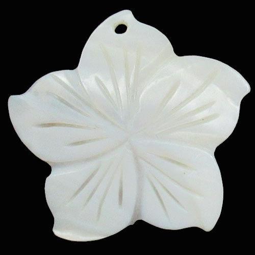תליון אם הפנינה עיצוב פרח