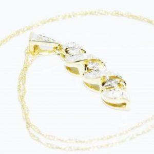 שרשרת ותליון זהב צהוב 14 קרט בשיבוץ יהלומים לבנים