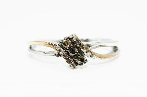 טבעת כסף וזהב בשיבוץ 3 יהלומים זהובים 12 יהלומים לבנים מידה 6