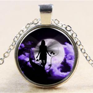תליון ושרשרת מוכסף דמות פיה לאור ירח בגווני סגול שחור