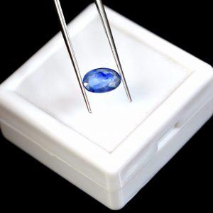 """ספיר כחול מלוטש לשיבוץ - תעודה 1.25 קרט מידה: 2*5*8 מ""""מ"""