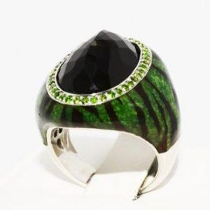 טבעת יוקרה כסף בשיבוץ אוניקס ודיופסיד ציפוי אמייל ירוק שחור מידה: 7.25