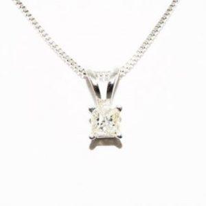 תליון ושרשרת זהב לבן 10 קרט בשיבוץ יהלום 08. קרט