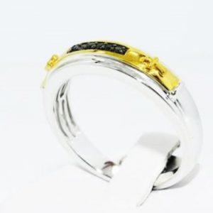 טבעת כסף וציפוי זהב בשיבוץ יהלומים שחורים עגולים 05. קרט מידה: 10.5
