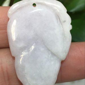 תליון מאבן ג'ייד בהיר איכותי - תעודה מפוסל עבודת יד