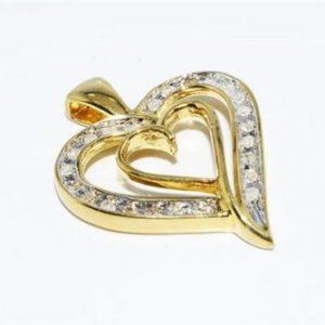 תליון כסף ציפוי זהב בשיבוץ 24 יהלומים לבנים 20. קרט עיצוב לב
