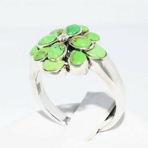 טבעת יוקרה כסף 925 בשיבוץ 7 אבני טורקיז משקל: 2 קרט מידה: 7.25