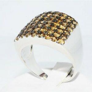 טבעת יוקרה כסף 925 בשיבוץ 61 סמוקי קוורץ משקל אבני חן: 7.70 קרט מידה: 11.75