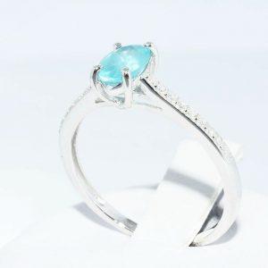 טבעת זהב לבן 10 קרט בשיבוץ אפטייט 56. קרט + 18 יהלומים לבנים 12. קרט ניקיון יהלומים: SI1 מידה: 8