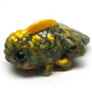 טורמלין ירוק מפוסל בתבנית עבודת יד (אפריקה) פיסול דג משקל: 349 קרט