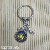 מחזיק מפתחות סמלי בת הים גווני כחול זהוב