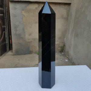 """מוט אובסידיאן שחור משקל: 770 גרם מידה: 43*52*240 מ""""מ"""