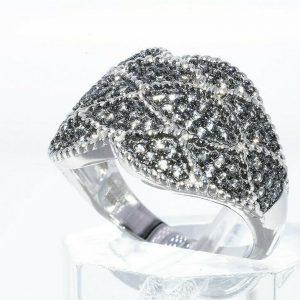טבעת יוקרה כסף 925 בשיבוץ 108 אבני סמוקי קוורץ 1.25 קרט מידה: 8