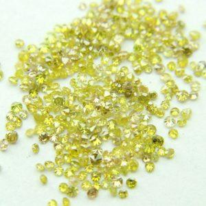 """50 יהלומים צהובים לשיבוץ ליטוש עגול קוטר: 0.70 מ""""מ ניקיון: i1-i3"""