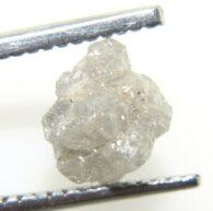 יהלום גלם אפרפר לליטוש משקל: 1.73 קרט ניקיון: i3