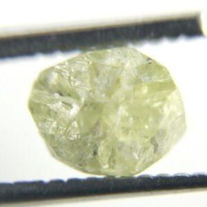יהלום גלם אפרפר לליטוש משקל: 1.87 קרט ניקיון: i3